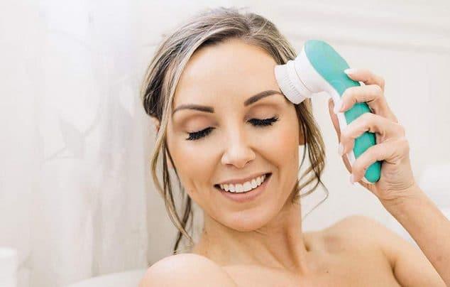 classement brosse nettoyante visage